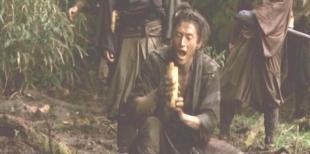 水を飲む木賀小弥太