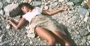転倒して石に頭をぶつけて死んだレイコ