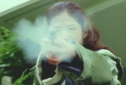 蘭、発砲する