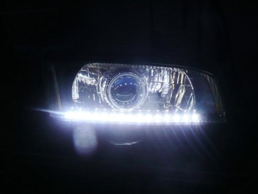 側面発光LEDヘッドライト仕込み (6)