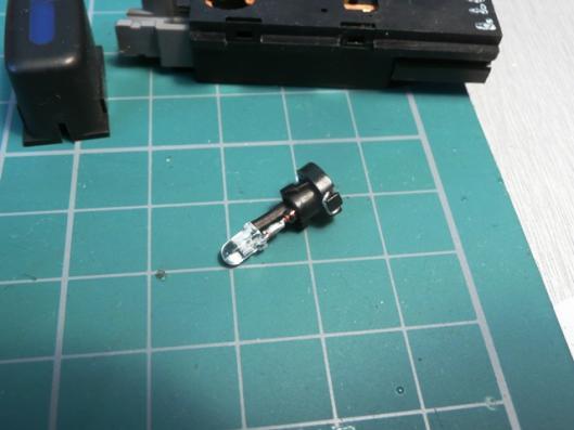 FN15エアコンスイッチイルミ用LED製作 (3)