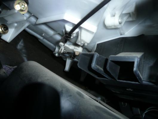 FN15エアコンスイッチユニット取り付け (5)
