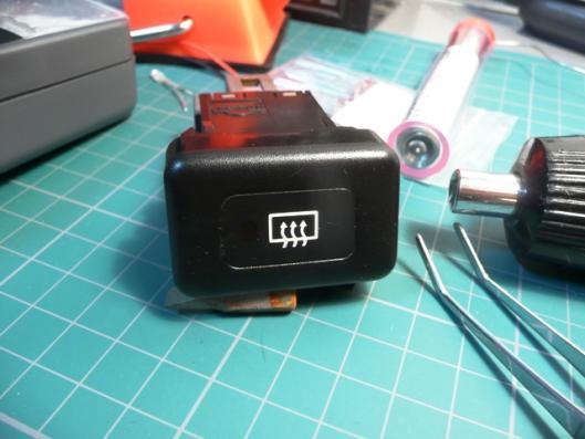 リア熱線スイッチイルミLED適正化 (7)