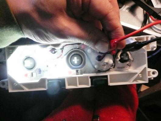 昼用LED修繕 (2)