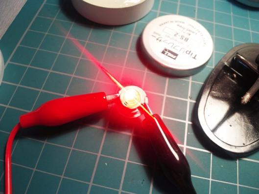 赤色LED発光テスト