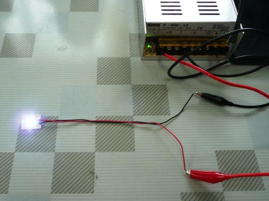 フラットLED 発光テスト