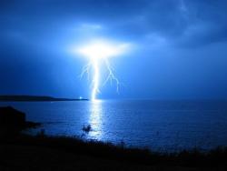 051211-LightningOnWater.jpg