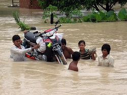 2011 flood in Siem Reap 01 (RFA)