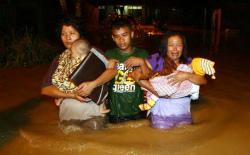 MedanBanjir450KKNgungsi.jpg