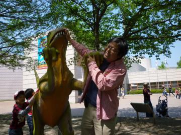 のんほいパークで恐竜に襲われる