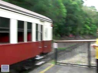 帰りは列車です