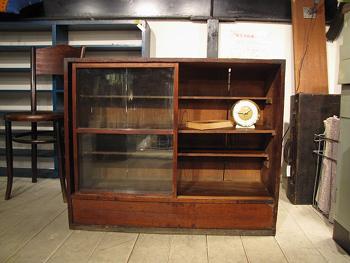 木味ガラスショーケース ガラス棚 店舗什器