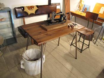 リデザイン家具 スチール脚テーブル リメイク オーダー家具