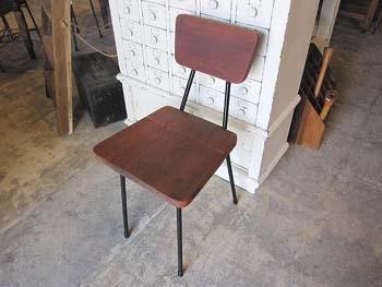 redesign×リメイク家具 古木とスチール脚