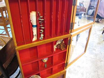 店舗什器 木味ガラスケース ディスプレイ 古道具 昔の筆入れ