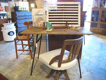 Redesign 新材×折り畳みの鉄脚テーブルw100