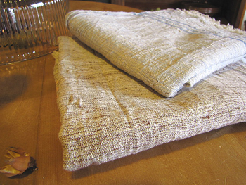 手織りのカディタオル。オーガニックコットン