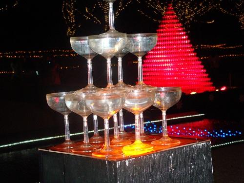 シャンパングラスタワー
