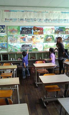 1,2年生教室