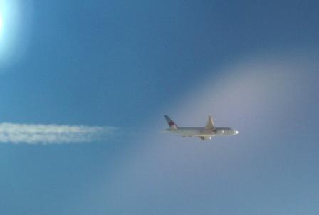 隣の飛行機