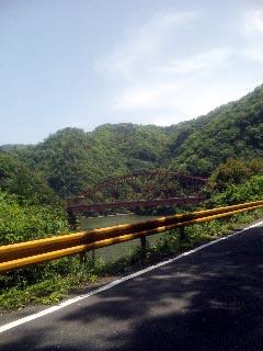 長門峡の側 橋