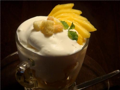 Mango Trifle Web