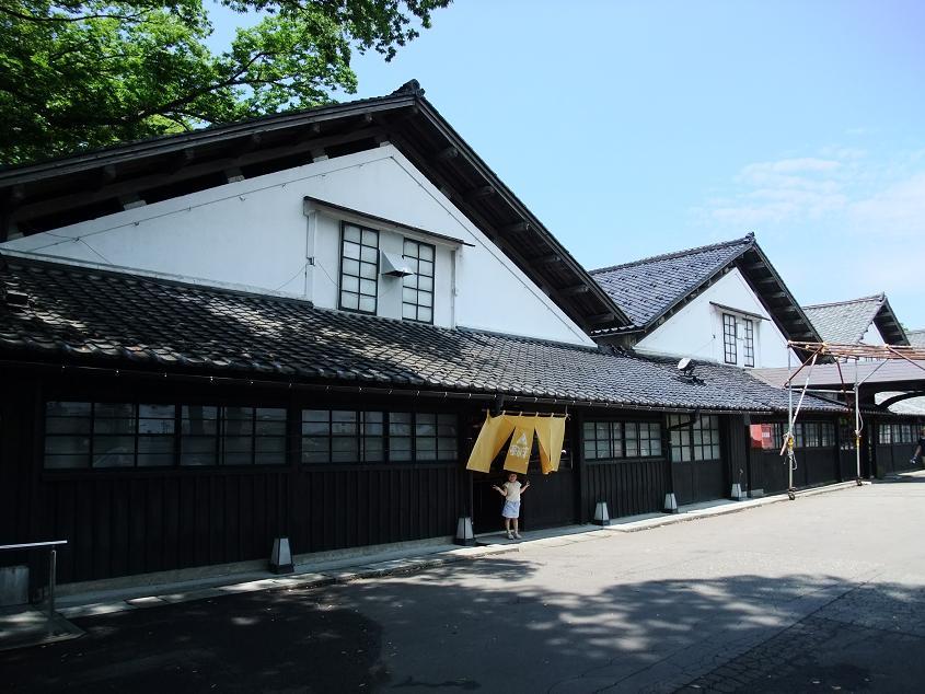 酒田の蔵は美しい!山居倉庫