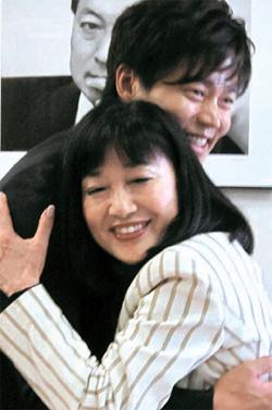 鳩山由紀夫 幸夫人 韓流