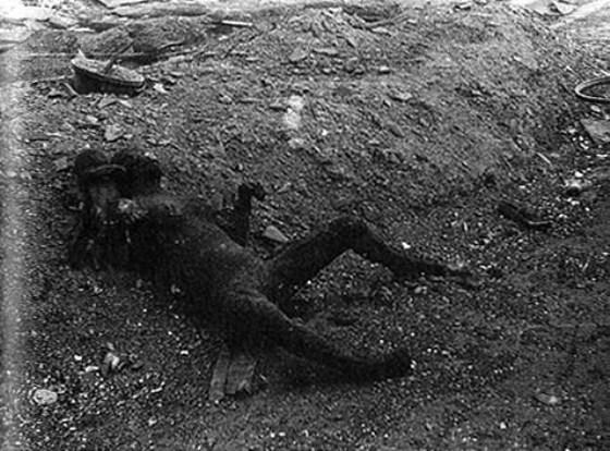 東京大空襲で焼死した母子