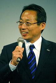 日本代表の岡田武史監督