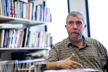 プリンストン大学(ニュージャージー州)の研究室でクルーグマン教授