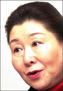岡崎トミ子