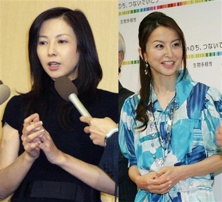 麻木久仁子(左)と大桃美代子