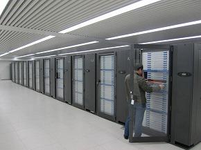 支那のスーパーコンピュータ「天河一号A(Tianhe-1A)」が世界一の座を獲得した。.