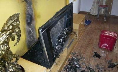 創維のテレビから発火