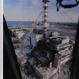 チェルノブイリ原発事故で大破した4号