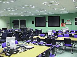 災害時のために造られた免震重要棟内の「緊急時対策室」=東電福島第1原発のホームページから