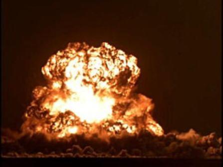 東トルキスタンで行われた核実験。中国は1980年まで大気圏内で核実験を行っていた