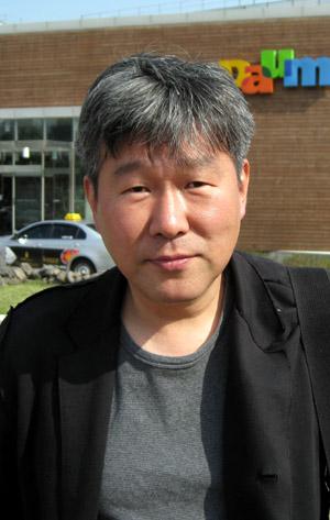 『朝鮮高校の青春 ボクたちが暴力的だったわけ』金漢一著 恥知らずの著者はモロ朝鮮顔の朝日新聞の記者