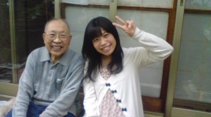ご出演していただいた黒田さんと孫の泰子さんです。.