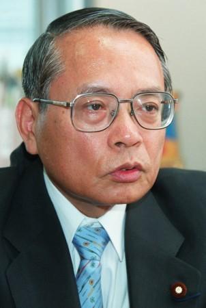 「経済界」平成22年4月20日号元警察官僚・平沢勝栄議員のパチンコ業界に向けてのメッセージ