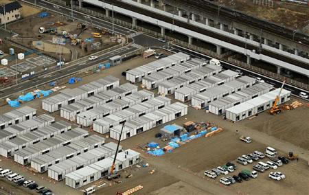 建設が進む仙台市内の仮設住宅=4月8日、仙台市太白区