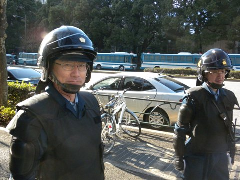 1月16日に日比谷公会堂で「民主党大会」馬鹿警官