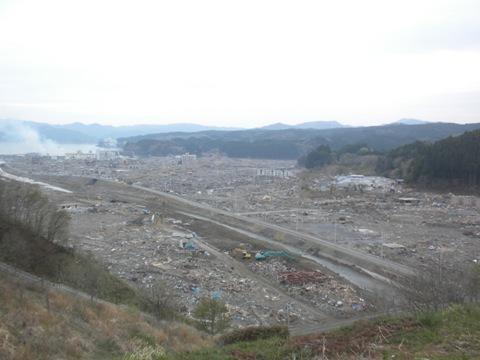 南三陸町志津川中学校から撮影