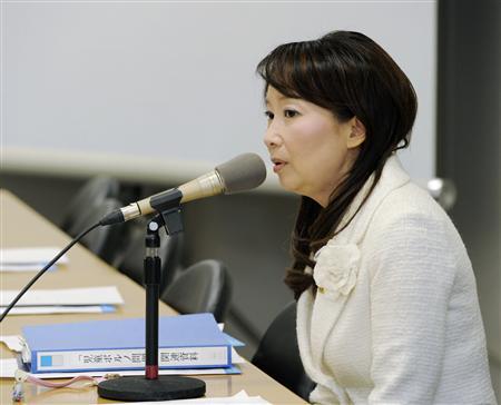 民主党研究会でのアグネス・チャン