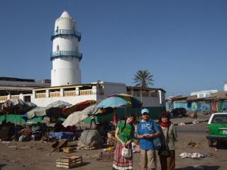ソマリランドやくみつる夫妻