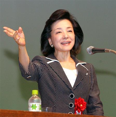 講演を行ったジャーナリストの櫻井よしこ氏=6月6日、長崎県長崎市