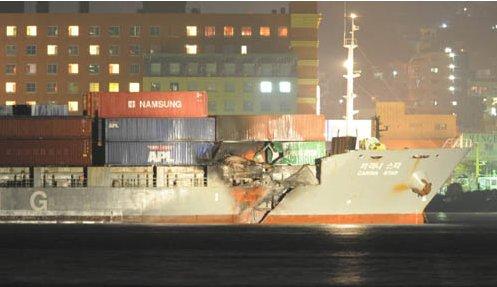 韓国のコンテナ船