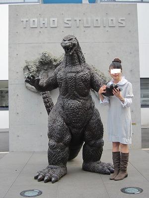 東宝スタジオ ゴジラ像 04