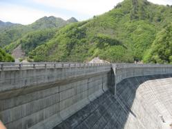 上野ダム2